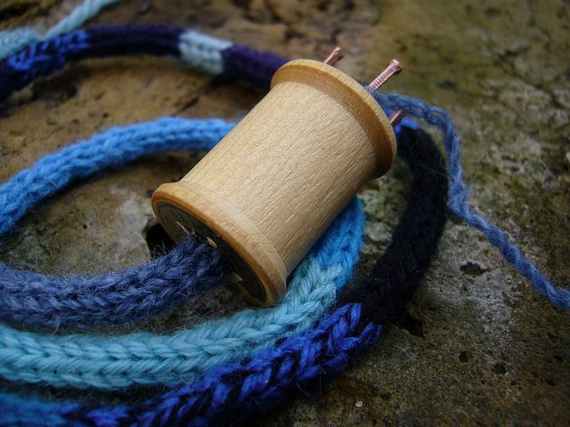 spool knitting instructions for kids